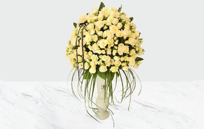 گلدان بزرگ گل رز