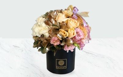 باکس گل رز رنگ شده