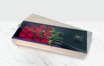 باکس گل رز 16 شاخه ای