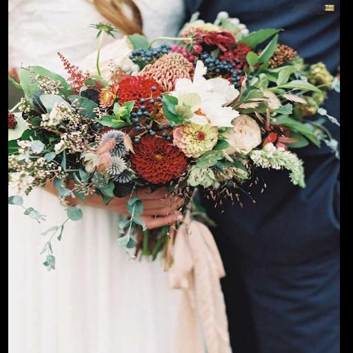 هماهنگی دسته گل لباس عروس
