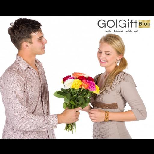 راهنمای انتخاب دسته گل رز برای خواستگاری