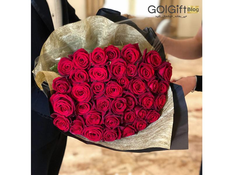 گل گیفت | انواع دسته گل ازدواج