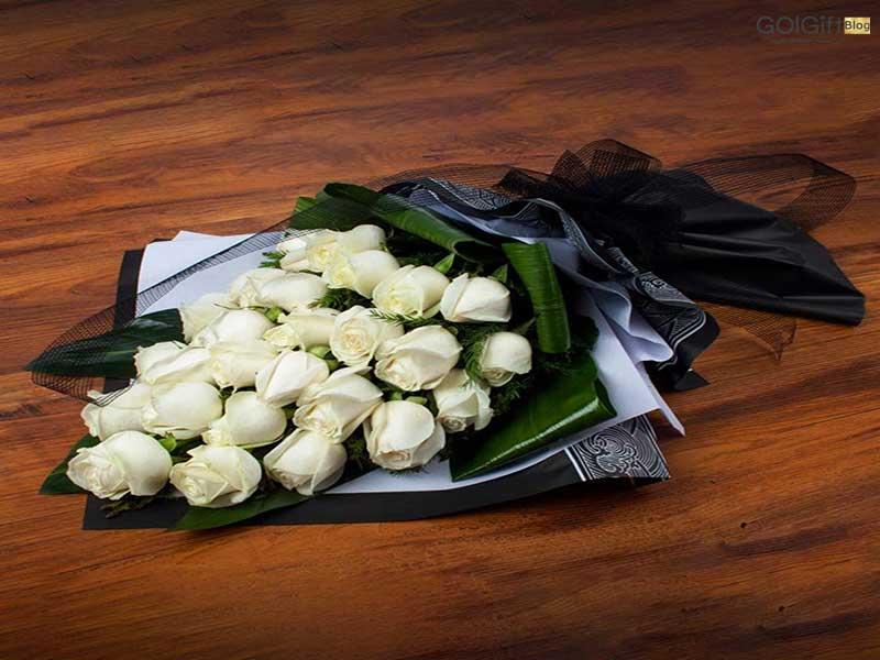 گل گیفت   دسته گل برای مزار