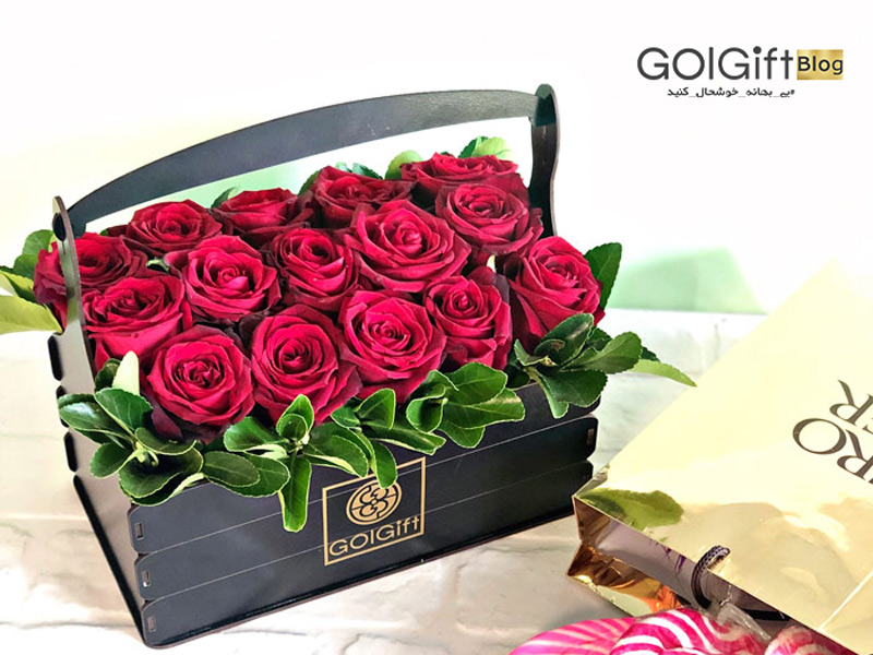 گل گیفت | باکس گل چوبی