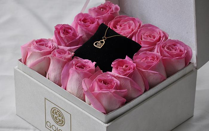 ارسال گل به شیراز و ایران