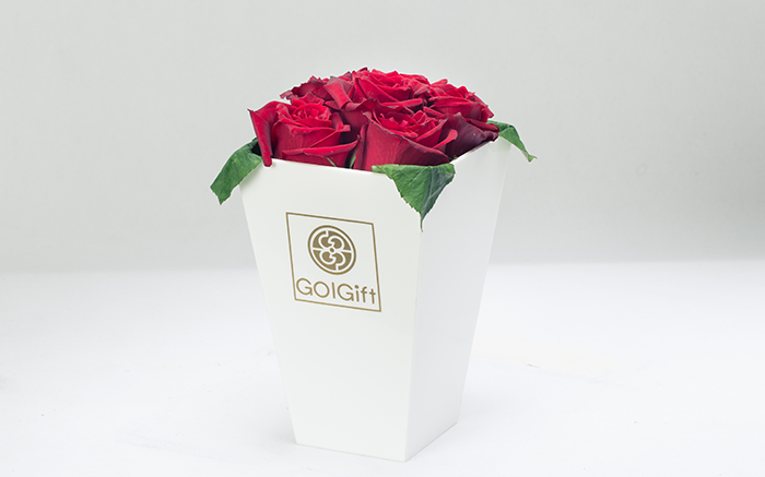 باکس سفید گل رز