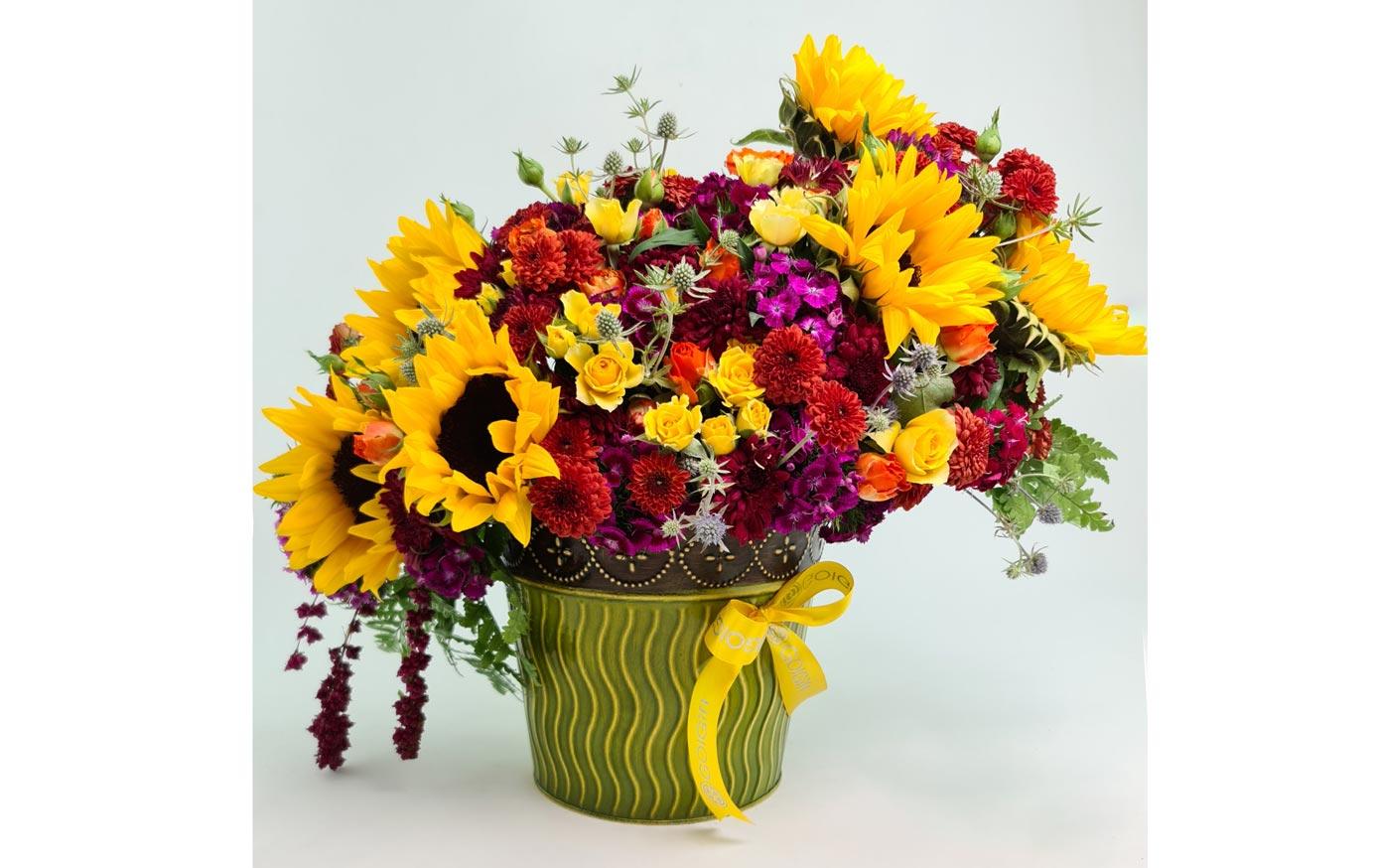 گلدان گل آفتابگردان و داوودی
