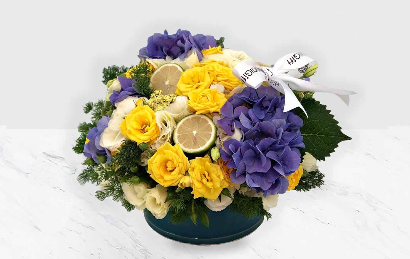 گلدان سفالی گل رز