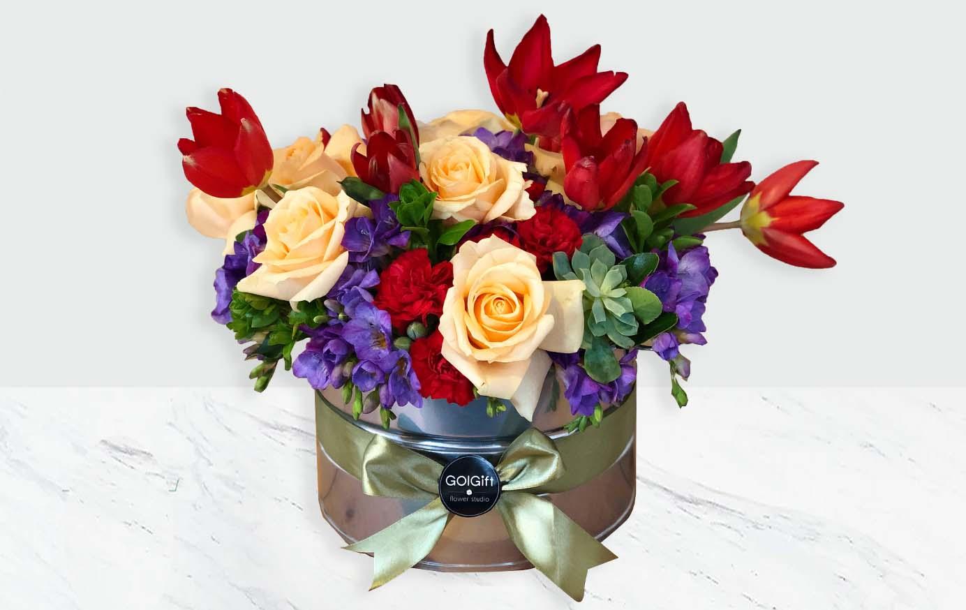 باکس گل رنگین کمان