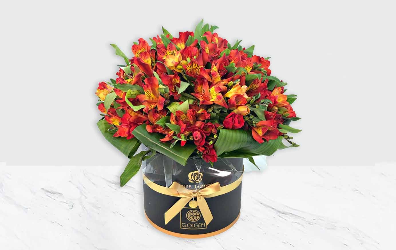 خرید باکس گل آلستر قرمز