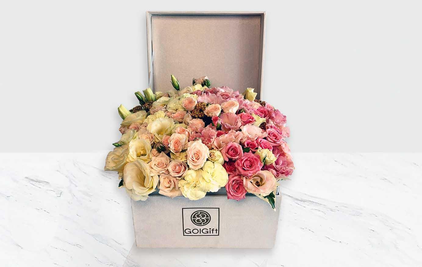 باکس گل سفید مخملی